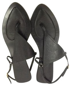 Donna Karan Sandal Leather Flat Black Sandals
