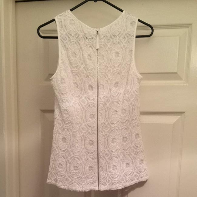 Banana Republic Lace Lacetop White Whitelace Zipper Sleeveless Professional Lined Quality Fashion Style Classic Top