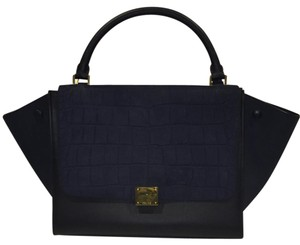 Céline Satchel in Black/Navy Blu