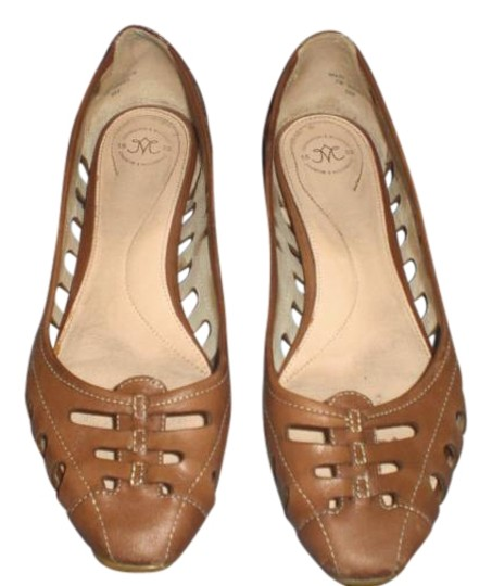 Preload https://img-static.tradesy.com/item/16494499/johnston-and-murphy-brown-leather-flats-size-us-8-regular-m-b-0-2-540-540.jpg