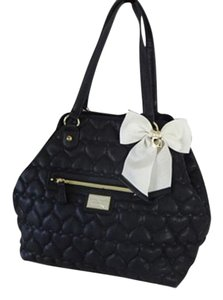 Betsey Johnson Extra Large Tote in black