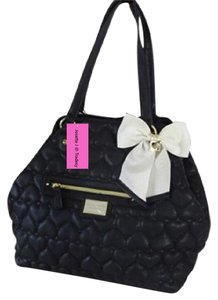 Betsey Johnson Extra Large Quilted Heart Tote in black
