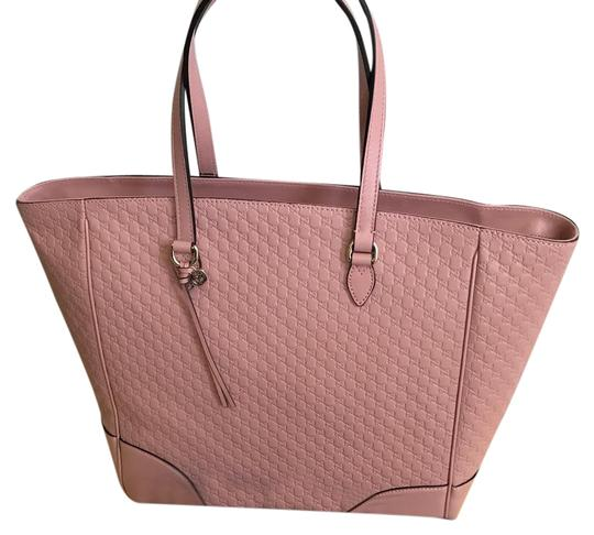 Preload https://img-static.tradesy.com/item/16496272/gucci-bree-soft-link-leather-tote-0-5-540-540.jpg