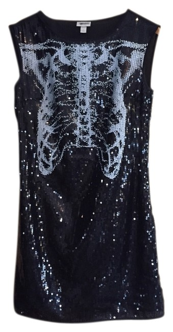Item - Black/White Sequins Limited Edition Party Above Knee Night Out Dress Size 6 (S)