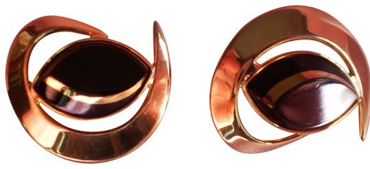 Preload https://item4.tradesy.com/images/sarah-coventry-gold-and-black-goldtone-clip-on-earrings-165003-0-1.jpg?width=440&height=440