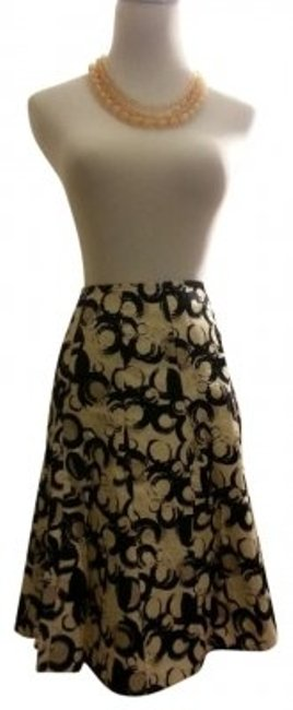 Preload https://item1.tradesy.com/images/the-limited-black-beige-white-circle-pattern-modern-midi-skirt-size-2-xs-26-165010-0-0.jpg?width=400&height=650