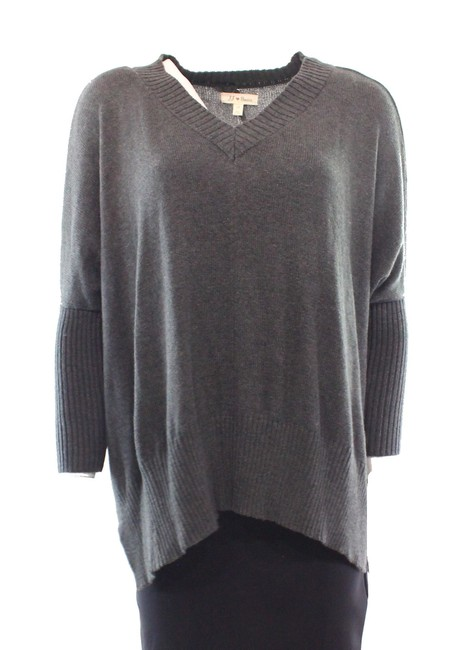 Preload https://img-static.tradesy.com/item/16501528/charcoal-womens-knit-vneck-sweater-0-0-650-650.jpg