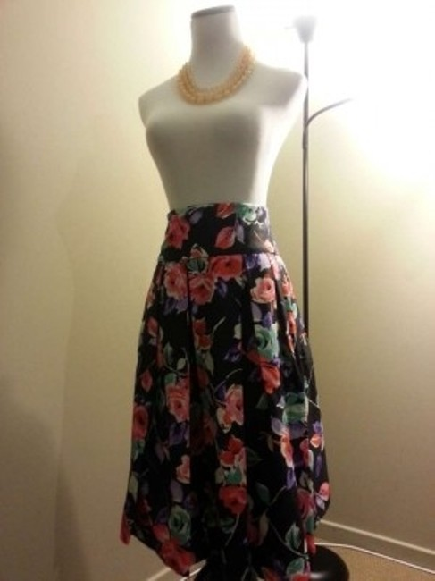 The Limited Skirt Floral pattern