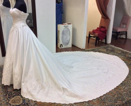 Mary's Bridal White Satin 6143 Formal Wedding Dress Size 4 (S)