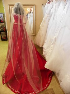 White Long Cathedral 120 Inch Bridal Veil