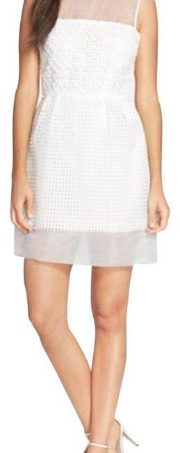 Preload https://img-static.tradesy.com/item/16503880/french-connection-white-71dnq-above-knee-cocktail-dress-size-2-xs-0-1-650-650.jpg