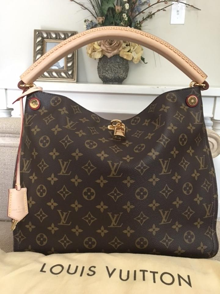 333430ce27a5 Louis Vuitton Gaia Stunning Fantastic Condition Comes with Dustbag ...