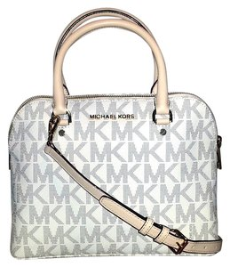 Michael Kors Mk Signature Gold Hardware Satchel in Vanilla