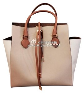 Michael Kors Color-blocking Leather Tote in Nude, White