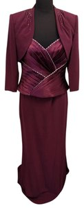 Montage By Mon Cheri Wine Burgundy Size 10 Montage 211903 Dress