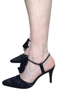 Claudia Ciuti Black Pumps
