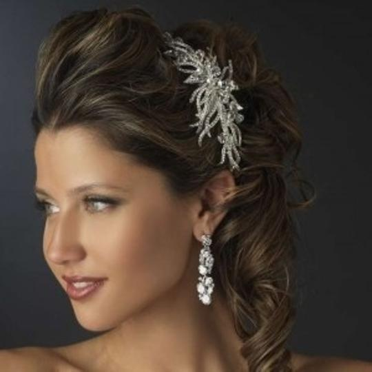 Preload https://img-static.tradesy.com/item/165091/elegance-by-carbonneau-silver-couture-side-accent-headband-tiara-0-0-540-540.jpg