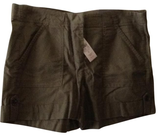 Preload https://item1.tradesy.com/images/ann-taylor-olive-green-size-8-m-29-30-165110-0-0.jpg?width=400&height=650