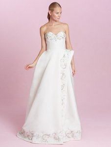 Oscar De La Renta Carmen 66e22 Wedding Dress