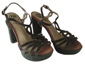 Seychelles Casual Olive Green Sandals