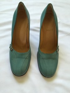 Bally Made In Italy Leather Vintage Blue Pumps
