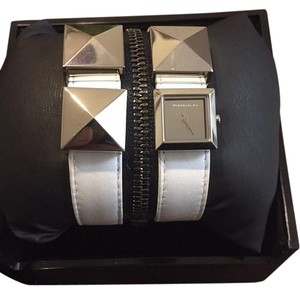 Karl Lagerfeld On-sale! Brand New Double Strap Stud Watch