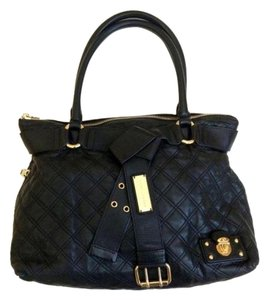 Marc Jacobs Leather Quilted Zip Closure Shoulder Bag