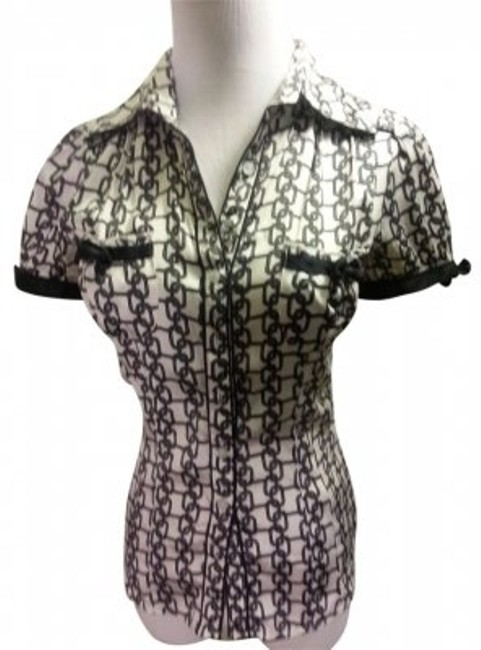 Preload https://item3.tradesy.com/images/bebe-black-and-white-pattern-blouse-size-0-xs-165187-0-0.jpg?width=400&height=650