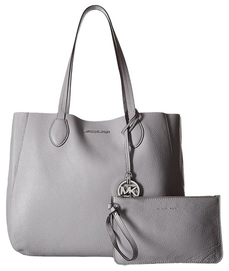Michael Kors Mae East West Large Leather / Tote in Lilac / Silver Image 7