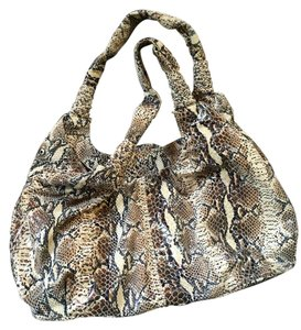 Perlina Hobo Bag