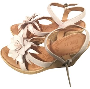 Lord & Taylor Wedges