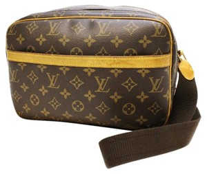 Louis Vuitton Tote Lv Leather Satchel in Brown