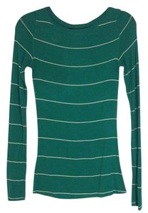 BCBGMAXAZRIA T Shirt Green and white