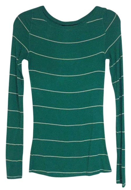 Item - Green and White Long Sleeve Tee Shirt Size 4 (S)