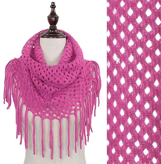 Preload https://item1.tradesy.com/images/modern-vintage-solid-waffle-knitted-tube-infinity-1652630-0-0.jpg?width=440&height=440