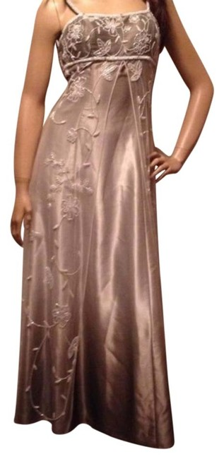 Preload https://img-static.tradesy.com/item/16529602/cache-taupe-tan-gold-white-fabulous-ombre-gown-long-formal-dress-size-2-xs-0-1-650-650.jpg