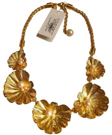Preload https://img-static.tradesy.com/item/1653129/kate-spade-12k-gold-plated-new-w-tags-monterey-bay-clam-shell-necklace-0-0-540-540.jpg