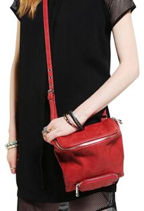 Deena & Ozzy Cross Body Bag