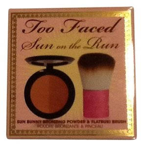 Too Faced Brand New in Box Too Faced Sun On The Run Kit