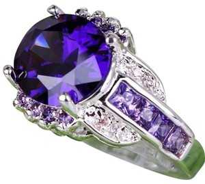 Deep Purple Oval Cut Amethyst & White Topaz Cocktail Ring ~ Size 10