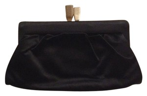 Chlo Black Clutch