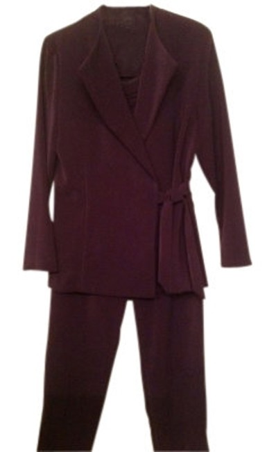 Preload https://img-static.tradesy.com/item/16534/jessica-howard-deep-purple-with-tie-pant-suit-size-10-m-0-0-650-650.jpg