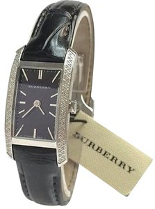 Burberry BURBERRY Womens Diamond Black Leather