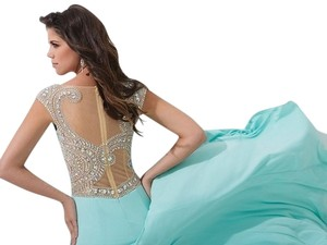 Tony Bowls New Prom Tbe11417 Size 2 Dress