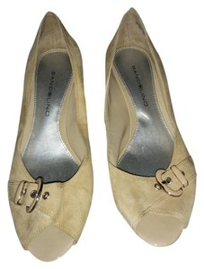 Bandolino Elenora Low Heel Taupe Pumps