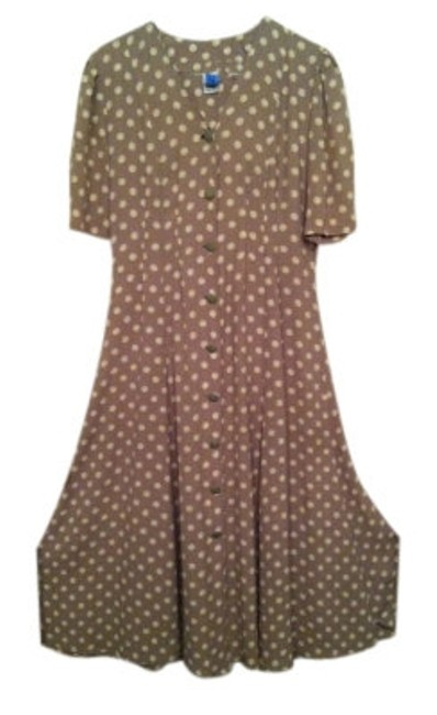Preload https://item1.tradesy.com/images/express-khakibeige-polk-dot-very-flattering-workoffice-dress-size-8-m-16540-0-0.jpg?width=400&height=650