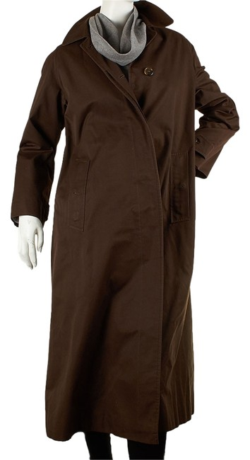 Preload https://item3.tradesy.com/images/burberry-brown-vintage-women-s-cotton-21053-raincoat-size-8-m-1654287-0-0.jpg?width=400&height=650