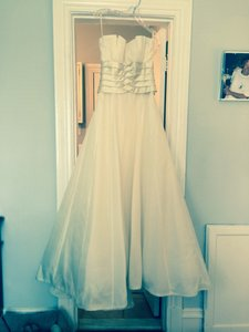 Peter Langner Ivory Wedding Dress Size 6 (S)