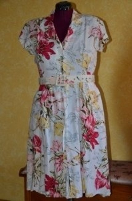 VINTAGE short dress FLORAL on Tradesy