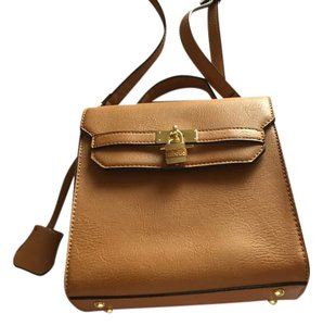 Francesca's Vegan Vegan Leather Tan Cross Body Bag